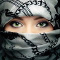 beautiful_woman_with_veil_on_face-wide